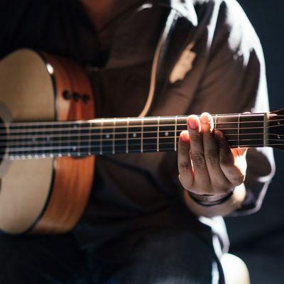 {[if_not_description]}ABC gitary{[/if_not_description]}