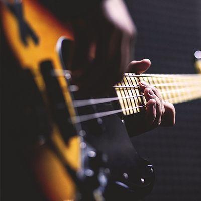 {[if_not_description]}Gitara dla poczatkujących i gitarowe zajęcia zespołowe{[/if_not_description]}