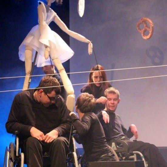 Teatr Inkluzywny Grupa Naboje