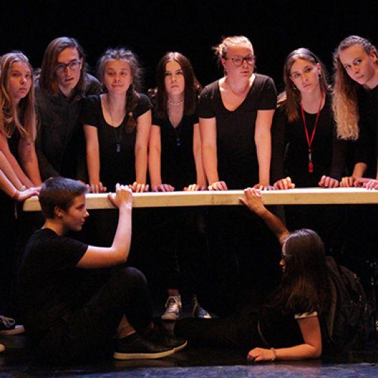 Grupa teatralna mikro fale